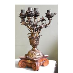 Sharing is caring!  L14201 - Antique Colonial Revival Newel Post Lamp #https://www.pinterest.com/munlimited/