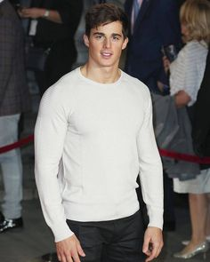 Pietro Boselli in white speedos - famousmales Mens Crop Top, Pietro Boselli, Italian Men, Italian Beauty, Fashion Models, Mens Fashion, Have A Good Weekend, Poses For Men, Gentleman Style