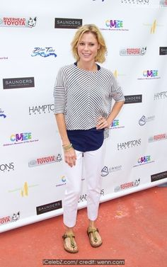 Julie Bowen CMEE 6th Annual Family Fair at Children's Museum of the East End http://icelebz.com/events/cmee_6th_annual_family_fair_at_children_s_museum_of_the_east_end/photo3.html