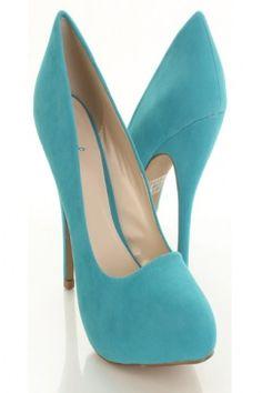 My fav color even better in heels! Mmmmhmmmm