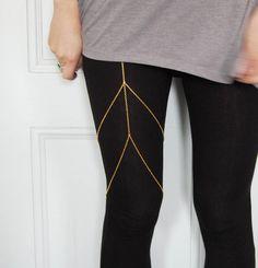 gold chain garter-leg chain