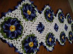 caminho de mesa de crochê com barbante 1