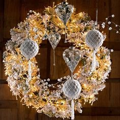 Lighted Christmas Wreath  /  Get glamorous with your wreath and outshine the neighbours !