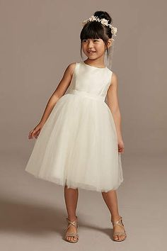 Find the perfect flower girl dresses at David's Bridal. Our flower girl dresses come in a variety of styles & colors including lace, tulle, purple & gold. Flower Girl Outfits, Boho Flower Girl, Flower Girl Gown, White Flower Girl Dresses, Little Girl Dresses, Girls Dresses, Flower Girls, Pageant Dresses, Party Dresses