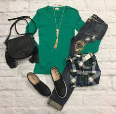 Long Sleeve Basic V-Neck Tee: Green from privityboutique