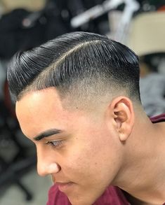 Amazing cut by @estevan.c !! Come to our Reseda or Van Nuys locations for a cut today! . . . . . . . #barberschool #barberstudent #haircut #menshair #fade #hairdesign #barberlife #westernbarberinstitute #hairschool #hairstylist #barbercut