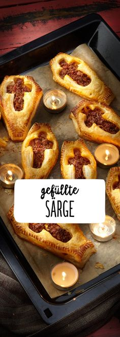 puff pastry coffins with bacon puff pastry - Süßes oder . Filled puff pastry coffins with bacon puff pastry - Süßes oder Saures? - Filled puff pastry coffins with bacon puff pastry - Süßes oder Saures? Entree Halloween, Halloween Appetizers, Healthy Halloween, Happy Halloween, Women Halloween, Halloween Buffet, Halloween Desserts, Teacher Halloween Costumes, Halloween Cake Pops