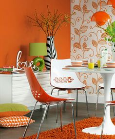 Orange is one of my favorites, and I like this come back of statement wall paper...