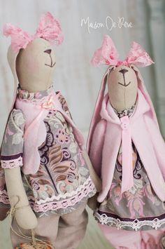 Wiosna zbliża się wielkimi krokami.  Szczecińskie Jasne Błonia pokryte dywanem krokusów zachwycają spacerowiczów.  To jedno z najpiękniejsz...