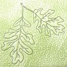 Oak leaves, add acorns for fall quilt Quilting Stitch Patterns, Machine Quilting Patterns, Free Machine Embroidery, Quilt Block Patterns, Lace Patterns, Longarm Quilting, Free Motion Quilting, Quilting Tutorials, Quilting Projects