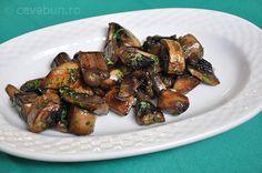 Sote de ciuperci - o reteta usoara pentru o garnitura deosebita Vegetarian Recipes, Cooking Recipes, International Recipes, Sprouts, Vegetables, Sweet, Healty Meals, Foods, Candy