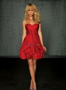 Exquisite Red Sweetheart Satin Strapless 2010 Casual Evening Dress Party Gown