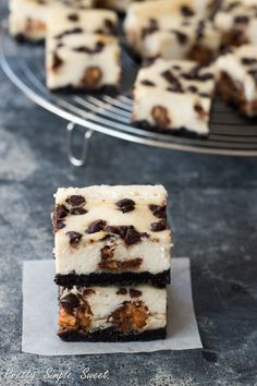 Snickers Cheesecake Bars (4)