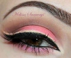 Pink soft on top , black liquid eye liner and the rest is shadow !