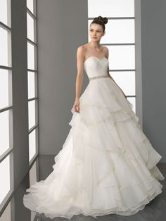 Multi-layer Sweetheart Tulle Bridal Ball Gown with Beaded Sash