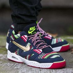 NIKE AIR TECH CHALLENGE III 3 QS Trainers Shoes Mid Top UK 9.5 (EUR 44.5