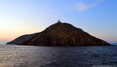 Vista de Cabo Fisterra desde el mar #CostadaMorte