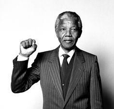 #негодовать #обижаться   Обижаться и негодовать, это все равно, что выпить яд в надежде, что он убьет твоих врагов.  Нельсон Мандела