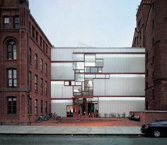Pratt Institute Higgins Hall Insertion / Steven Holl Architects