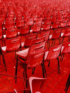 Rows of red chairs Color Explosion, I See Red, Red Pictures, Simply Red, Red Wallpaper, Aesthetic Colors, Red Walls, Color Stories, Color Of Life
