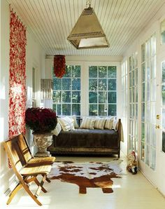 What a beautiful porch. You would never leave. Biddy Craft