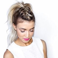 And she's back .. @blohaute after 4 days! Thanks for all the help and suggestions ! 😍😘😉 Faux Hawk Hairstyles, Up Hairstyles, Braided Hairstyles, Pretty Hairstyles, Hair Designs, Hair Trends, Hair Dos, Hair Inspo, Hair Inspiration