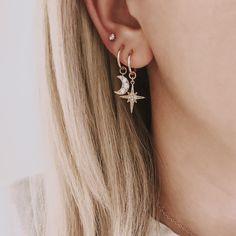 Blue Stripes gauged ear plugs earrings talons for stretched piercings - Custom Jewelry Ideas Ear Jewelry, Trendy Jewelry, Cute Jewelry, Jewelery, Jewelry Accessories, Fashion Jewelry, Moon Jewelry, Dainty Jewelry, Diamond Jewelry