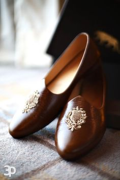 Design shoes italian 37 ideas for 2019 Wedding Dresses Men Indian, Wedding Dress Men, Wedding Men, Wedding Outfits, Indian Dresses, Wedding Styles, Wedding Ideas, Kurta Pajama Men, Indian Men Fashion