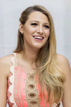 Love the Gossip Girl hairstyles? See our gallery of Blake Lively's hairstyles in Gossip Girl and on the red carpet.