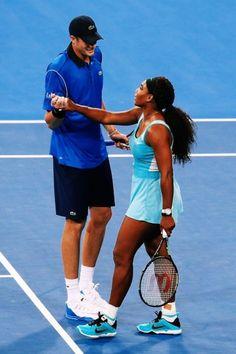 Serena Williams and Isner @JugamosTenis