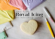The Best Royal Icing for Decorating Cookies — Honey Blonde Cookie Icing, Royal Icing Cookies, Sugar Cookies Recipe, Cookie Recipes, Dessert Recipes, Fancy Cookies, Cookie Ideas, Cake Cookies, Delicious Desserts