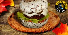 Diétás hamburger, ráadásul három perc alatt elkészíthető zsemlével? Lehetséges - régi kéréseteknek tettünk vele eleget! Lássuk!