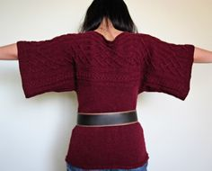 Quadrat knit pattern Free pattern.  Gorgeous knit dolman sleeve sweater!