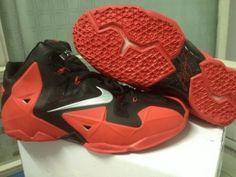 Nike Lebron James 11 Men Shoes (1)