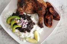Pollo Asado al Ajillo con Frijoles Negros y Platanos Maduros (Garlic Roasted Chicken with Black Beans and Sweet Fried Plantains)‏
