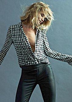 De prachtplaten van Rosie Huntington-Whiteley voor het kledingmerk Paige.