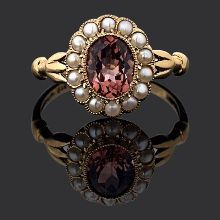 Tourmaline And Pearl Ring .... i think i like the pearls better then the diamonds