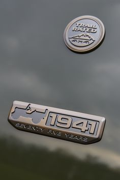 2016 Jeep® 75th Anniversary edition badge