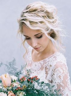 Hair and Makeup for a Fine Art Bride from Rouge Workshop by Austin Gros | Wedding Sparrow | wedding blog