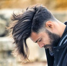 Haircut by ismat_noureddine http://ift.tt/1MnQjaf #menshair #menshairstyles #menshaircuts #hairstylesformen #coolhaircuts #coolhairstyles #haircuts #hairstyles #barbers