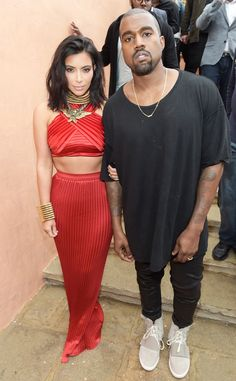 Kim Kardashian muda o visual de novo e corta cabelo curtinho