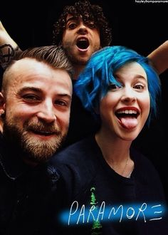 PARAMORE I love her new hair it is soo beautiful blue is an amazing colour on her Hayley Paramore, Paramore Hayley Williams, Music Love, Music Is Life, My Music, Taylor York, Pop Punk, Great Bands, Creative