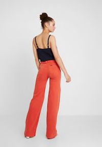 LOIS Jeans PALAZZO - Straight leg jeans - flame for Free delivery for orders over Lois Jeans, Pocket Pattern, Fabric Material, Colored Jeans, Palazzo, Jumpsuit, Mens Fashion, Legs, How To Wear