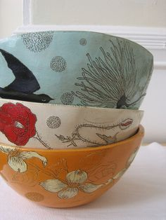 That day the guests spent a magical day in the gazebo at the Inn. Ravens circled overhead; poppies sprung from the earth, and brilliant   moonflowers dotted the landscape.( bowls:Diana Faht) (From book by Flo Schell - Wisdom Of The 8 Bowls)