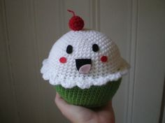 So cute! Need to find the pattern for this ...
