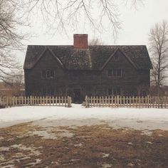 One of my dream homes: The Whipple House in Ipswich, MA #catfarm