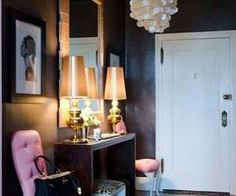10 Inspiring Color Ideas for the Hallway