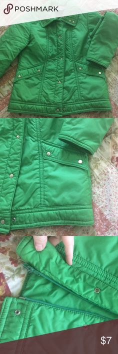 Great vintage jacket Green ladies jacket , snaps and zips up front , front hand pockets, fully insulated, excellent condition. White Stag Jackets & Coats