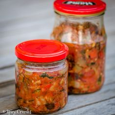 Ratatouille na zimu - Spicy Crumbs Ratatouille, Salsa, Mason Jars, Spicy, Mexican, Ethnic Recipes, Food, Gravy, Salsa Music