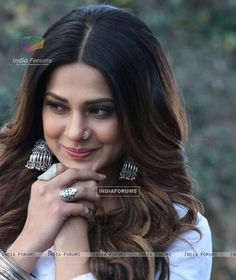 These Sexy Pictures of Jennifer Winget Will Keep You Up All Night. Jennifer Winget Beyhadh, Jennifer Love, Amy Jackson, Stylish Girl Pic, Beautiful Bollywood Actress, Celebs, Celebrities, Girl Poses, Girl Face